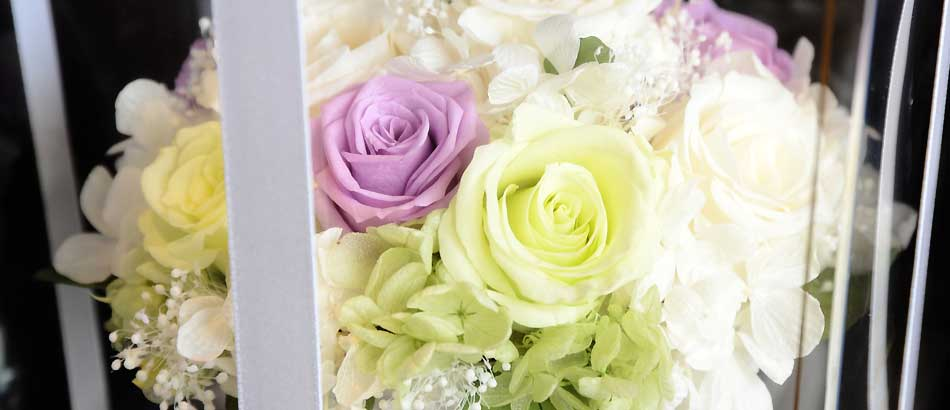 お供え花のご注文 プリザーブドフラワーでお作りした大きなアレンジメント