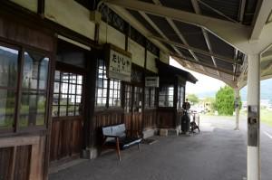 旧 国鉄時代を想わせる景色